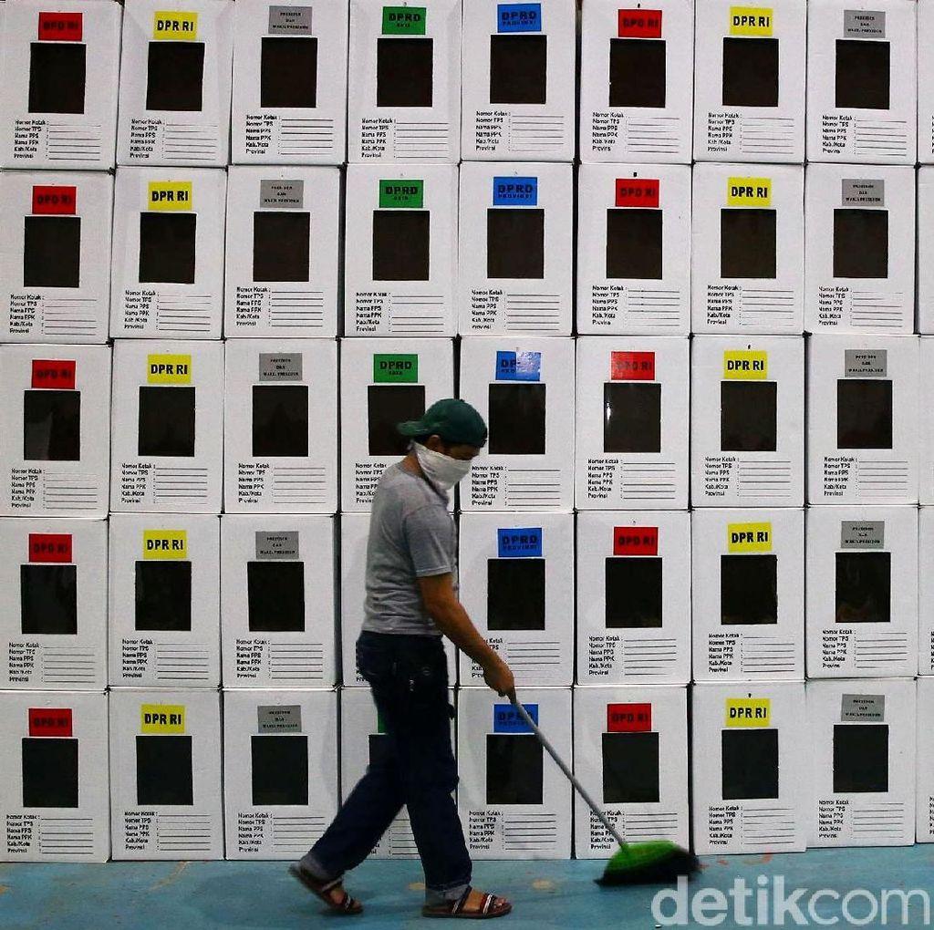 Petugas Pemilu Berguguran, Pemilu Serentak dalam Sorotan