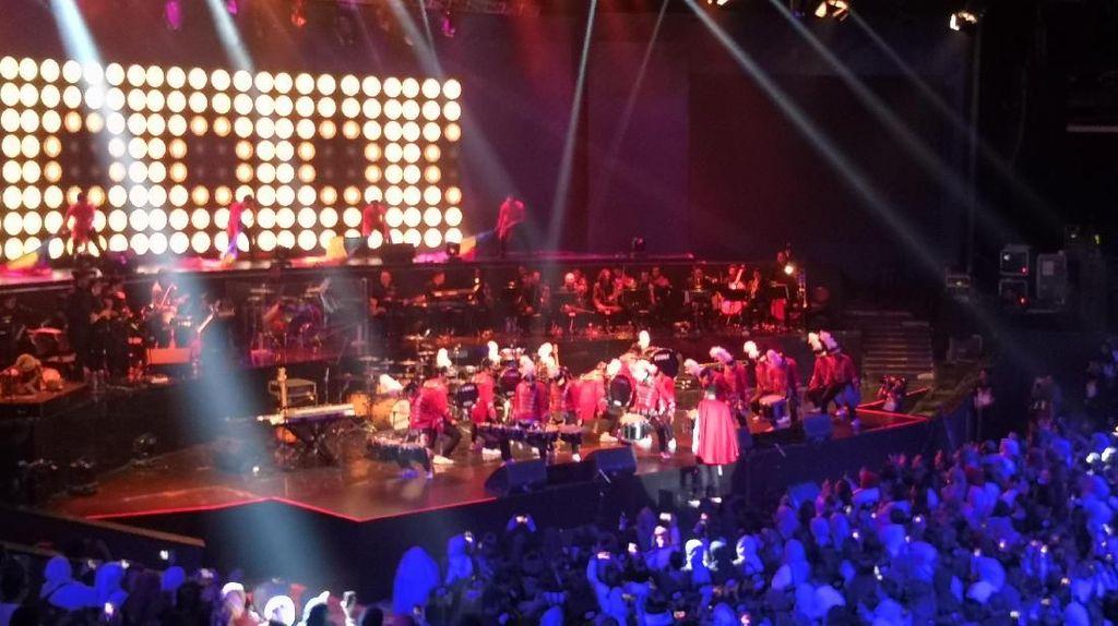 Marching Band Buka Konser Hedi Yunus