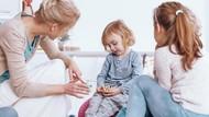 Tips Menghadapi Anak Pemalu dan Pendiam