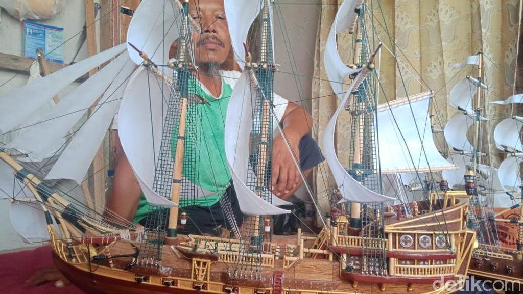 Kreatif! Nelayan Pangandaran Rakit Minatur Pinisi