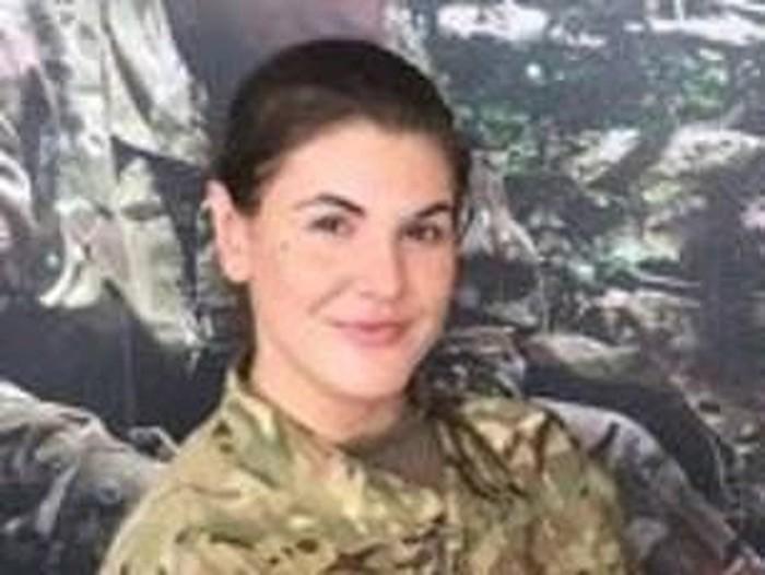 Tentara cantik Briony Murray viral karena foto pornonya tersebar. Foto: Istimewa