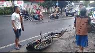 Kena Razia, Pria Ini Banting dan Ancam Bakar Motor