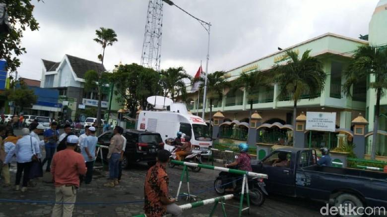Jelang Kedatangan Prabowo, Begini Suasana Masjid Agung Semarang