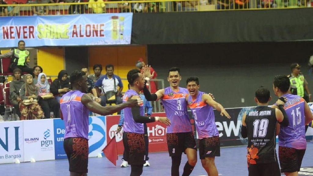 Menang Telak Atas Samator di Malang, Putra BNI 46 Lolos Grand Final