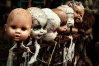 Seram! Koleksi Boneka Milik Roy Kiyoshi Minta Nasi Goreng