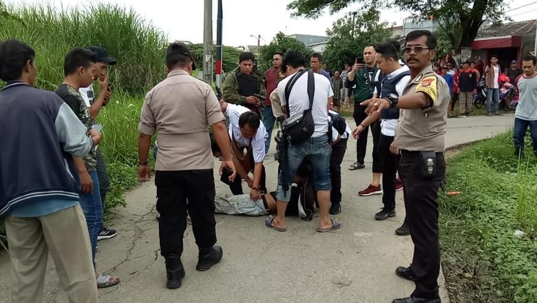 3 Jam Sembunyi di Semak-semak, Pelaku Curanmor di Bekasi Ditangkap Polisi