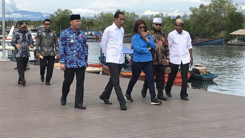 Bareng Susi, Jokowi Kunjungi Kampung Nelayan di Bengkulu