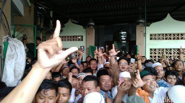 Ada Teriakan 'Prabowo Presiden' Usai Salat Jumat di Semarang