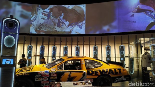 Sebelum NBA All Star, Jalan-Jalan Dulu ke NASCAR Hall of Fame