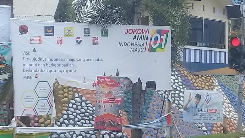 Baliho 01 di Jambi Dirobek