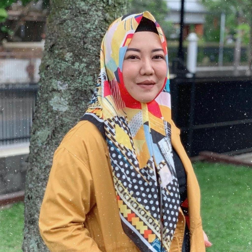Santuy di Rumah, Risa Saraswati Bagikan e-Book Secara Gratis
