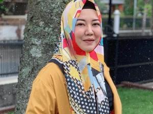 6 Artis Indonesia yang Kini Jadi PNS, Rela Redup dari Dunia Hiburan