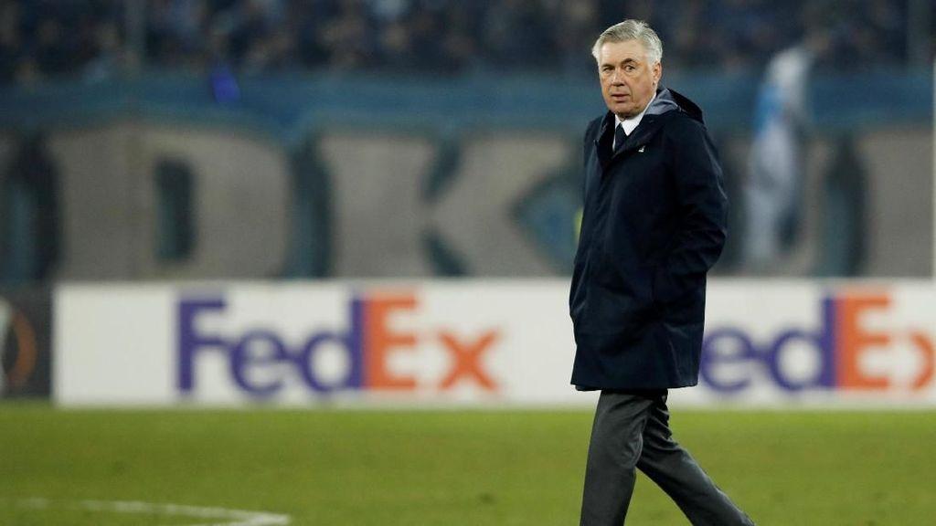 Napoli Buang-buang Peluang, Ancelotti Salahkan Kualitas Bola