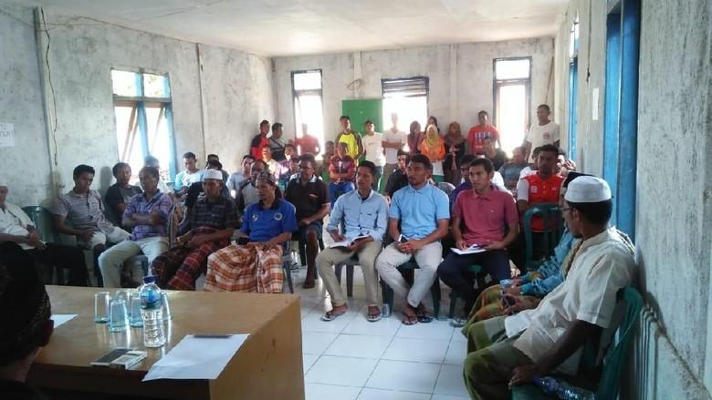 Musyawarah masyarakat Desa Komodo (dok Istimewa)
