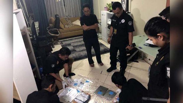 Apartemen Joko Driyono digeledah Satgas Antimafia Sepak Bola.