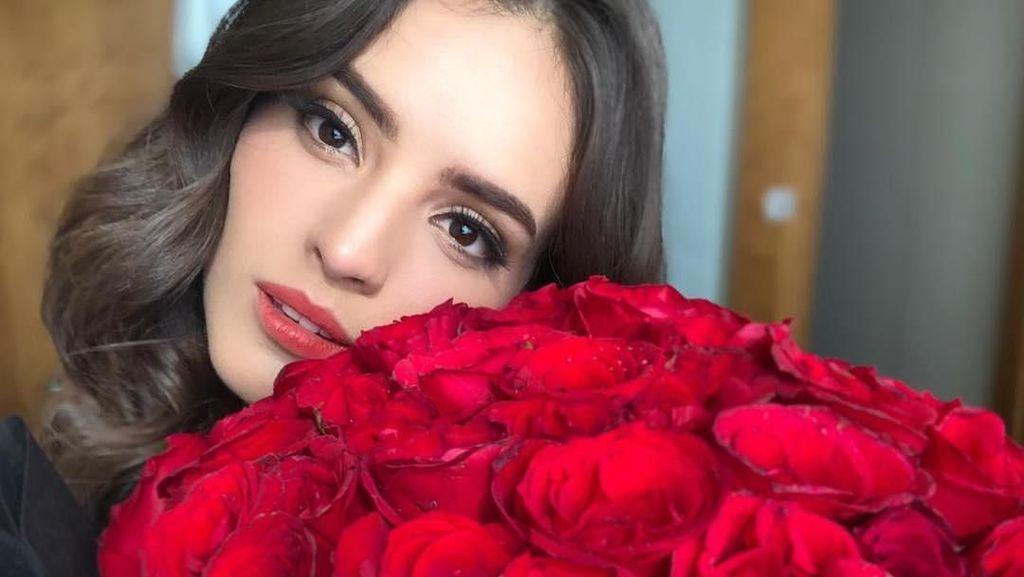 Selalu Cantik, Potret Memesona Miss World 2018 Vanessa Ponce di Indonesia
