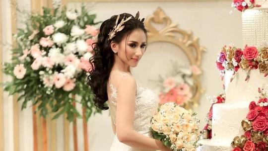 Momen Bahagia Pernikahan Bella Luna
