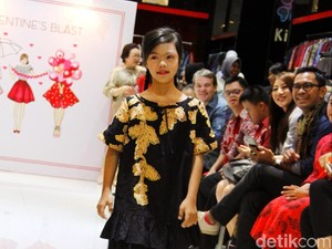 Hari Valentine, Anak-anak Down Syndrome Jadi Model di Fashion Show Alleira