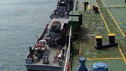 Patroli Koarmada I Tangkap 8 Kapal Kargo Berlabuh Tanpa Izin di Bintan