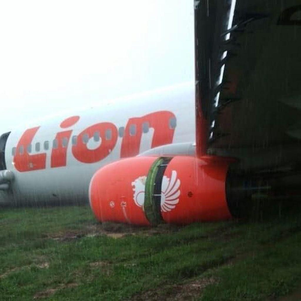 Lion Air Tergelincir di Bandara Supadio, 2 Penumpang Sempat Dibawa ke RS