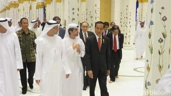Sebelumnya, Presiden Jokowi sudah terlebih dulu datang ke Masjid Agung Sheikh Zayed pada kunjungannya ke Abu Dhabi tahun 2015 silam (Bagus/detikcom)