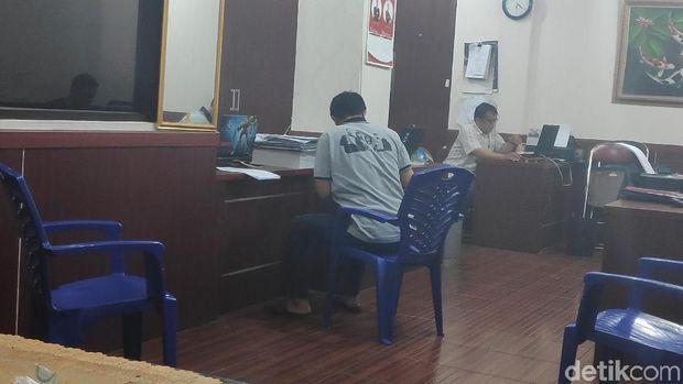 Lurah Kalibaru masih diperiksa di Polresta Depok