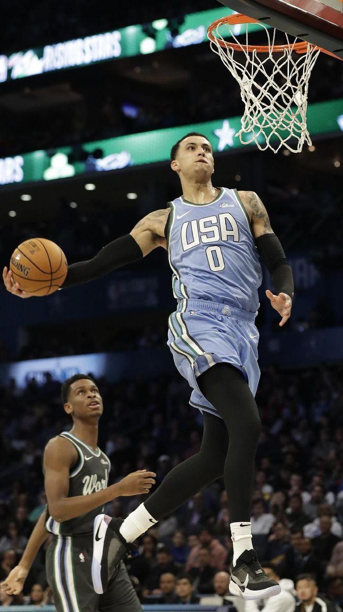 Tim AS Kalahkan Tim Dunia di Rising Star Challenge NBA All Star 2019 (AP Photo/Chuck Burton)
