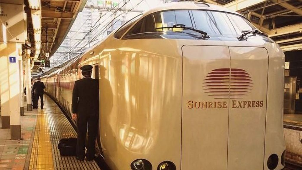 Yuk Intip Kerennya Jeroan Kereta Sleeper Jepang