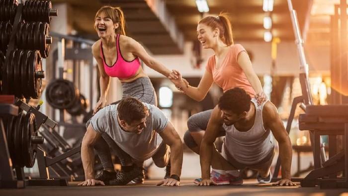 Push up sebanyak 40 kali tanpa terputus menandakan risiko penyakit jantung yang lebih rendah. Foto: iStock