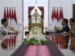 Momen CEO Bukalapak Achmad Zaky Bertemu Jokowi
