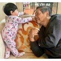 Momen Hangat SBY dan Cucunya Jaga Ani Yudhoyono