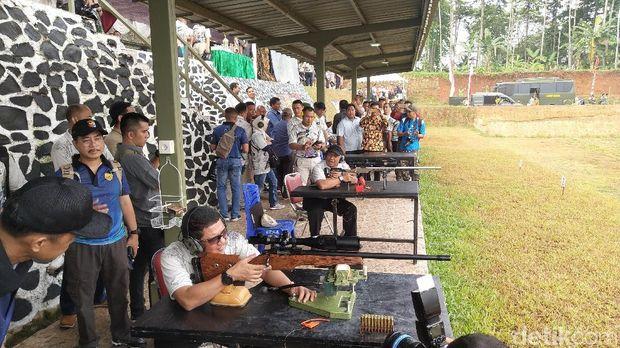 Kejuaraan Nasional Menembak Pangdam Jaya 2019 digelar di lapangan tembak Rakca Jaya, Denarhanud 003, Cikupa, Tangerang.