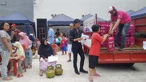 Emak-emak Heboh Tukar Gratis LPG 3 Kg dengan 5,5 Kg
