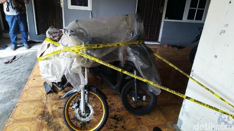 Terjadi Lagi, 2 Motor Dibakar Orang Misterius di Semarang