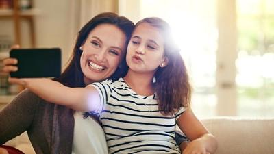 10 Petuah yang Bisa Bunda Beri Saat Si Anak Gadis Beranjak Remaja