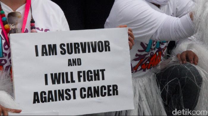 Dukungan semangat mengalir untuk Ani Yudhoyono yang tengah berjuang melawan kanker darah (Ilustrasi: Ayunda Septiani/detikHealth)