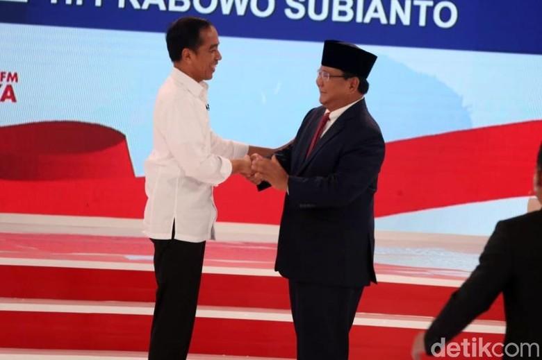 Survei CSIS: Jokowi Dipilih Petani-Nelayan, Prabowo Pilihan Guru-PNS