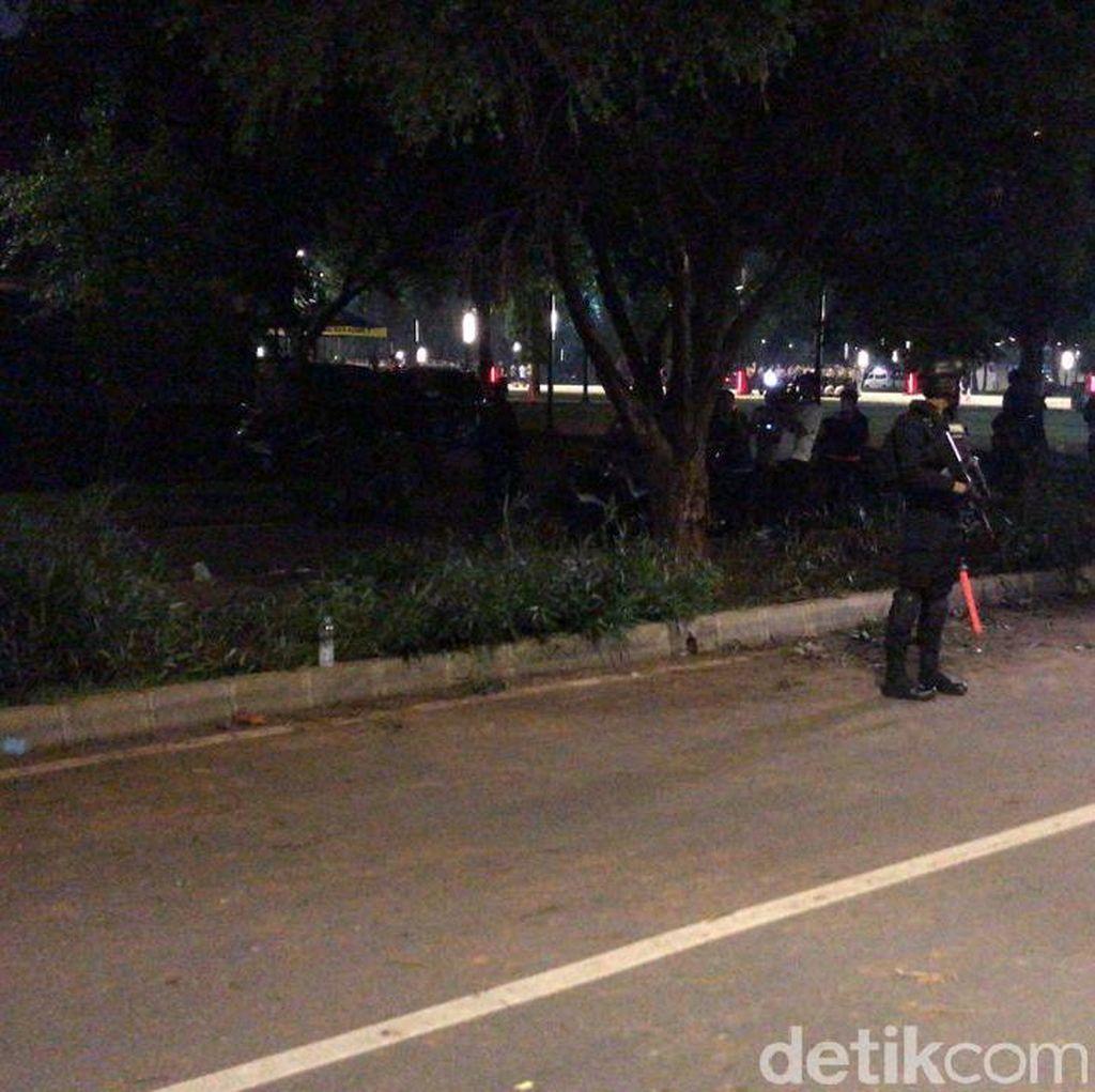 Brimob Bersenjata Masih Berjaga di Lokasi Ledakan Petasan Parkit Senayan