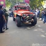 Offroad Hasanuddin Adventure Bentangkan Merah Putih Raksasa