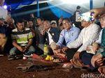 Seriusnya Sandiaga Dengar Prabowo Bahas Infrastruktur di Debat Capres