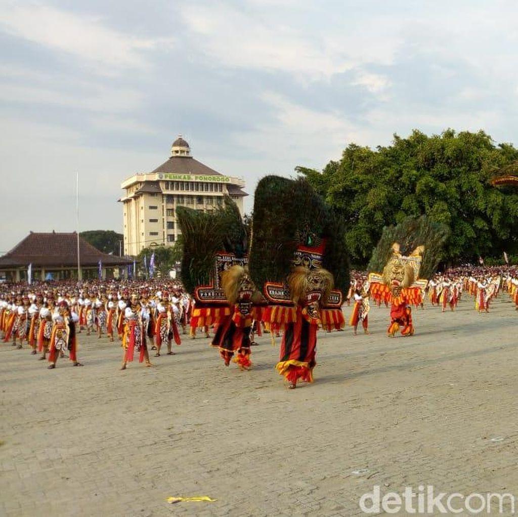 Ribuan Penari Jathil Sambut Tahun Wisata Ponorogo Raih Rekor Muri