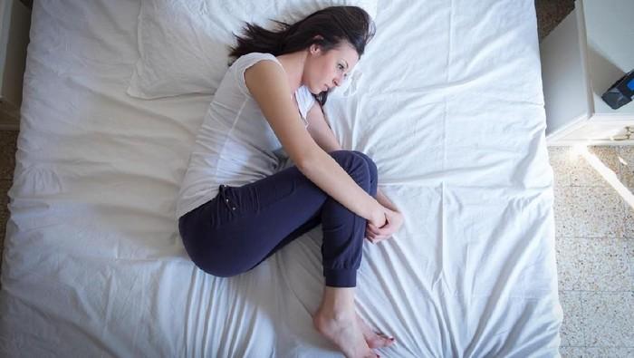 Ilutrasi remaja perempuan yang mengalami menopause dini. Foto: iStock