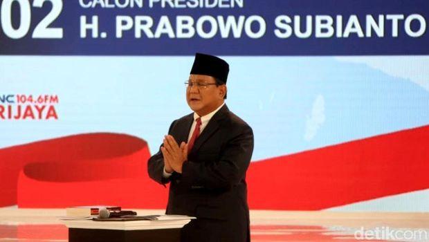 Prabowo Bawa Buku 'Why Nations Fail' ke Panggung Debat Capres Kedua