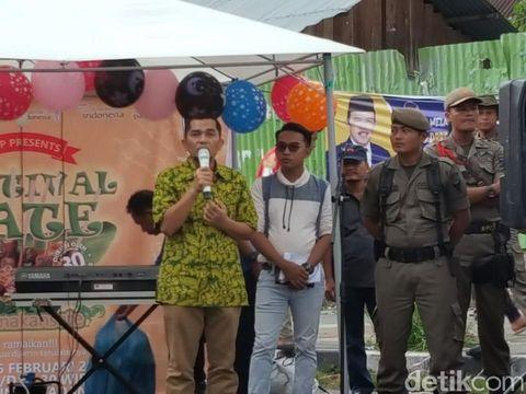Tegaskan Tak Pakai Bahan Haram, Pedagang Gelar Festival Makan Sate Padang