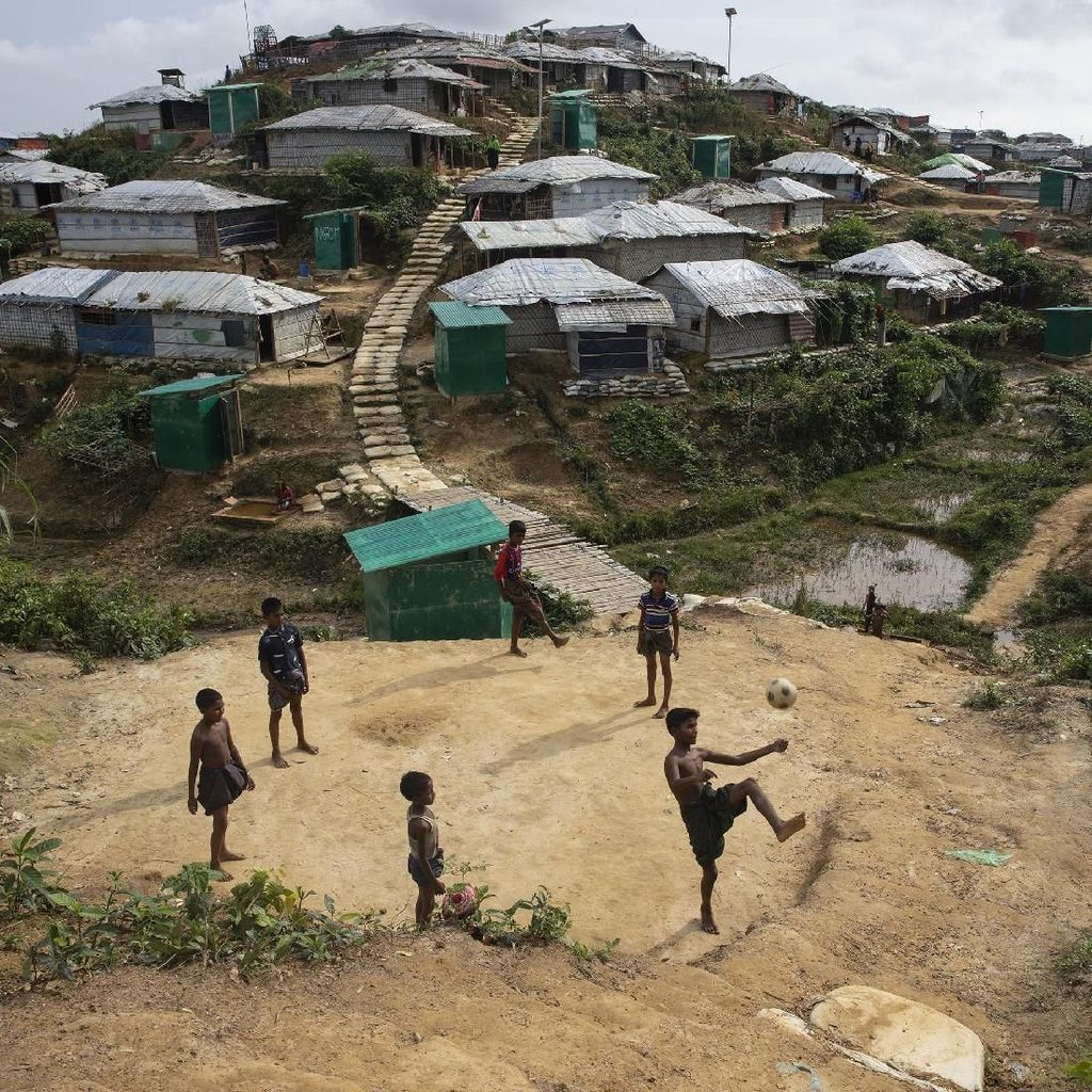 PBB Serukan Myanmar Berikan Kewarganegaraan pada Muslim Rohingya