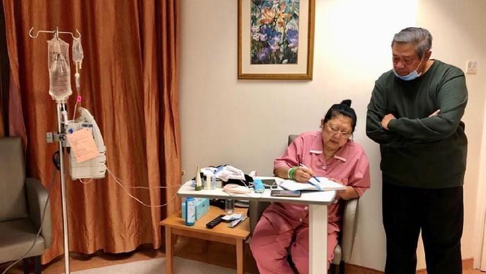 Ani Yudhoyono tengah berjuang melawan penyakit kanker darah. (Foto: Dok. Instagram Ani Yudhoyono)