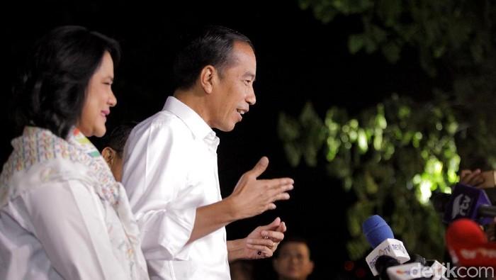 Iriana dampingi Jokowi di debat kedua capres 2019. Foto: Rifkianto Nugroho
