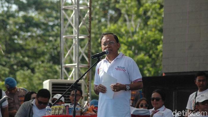 Gubernur Bali I Wayan Koster menghentikan kampanye program KB. (Foto: Dita-detikcom)