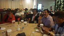 Pendukung Jokowi di Papua Gelar Nobar Debat di Kafe