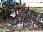 Potret Puing-puing Sisa Kebakaran Rumah Ketua DPR